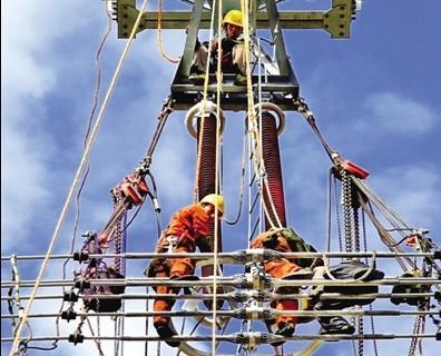 特高压输电线路塔架